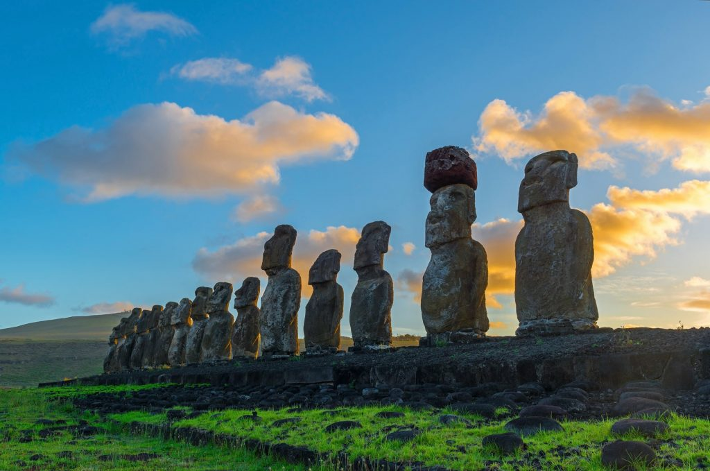 What to do, see, eat on Rapa Nui including moai statues