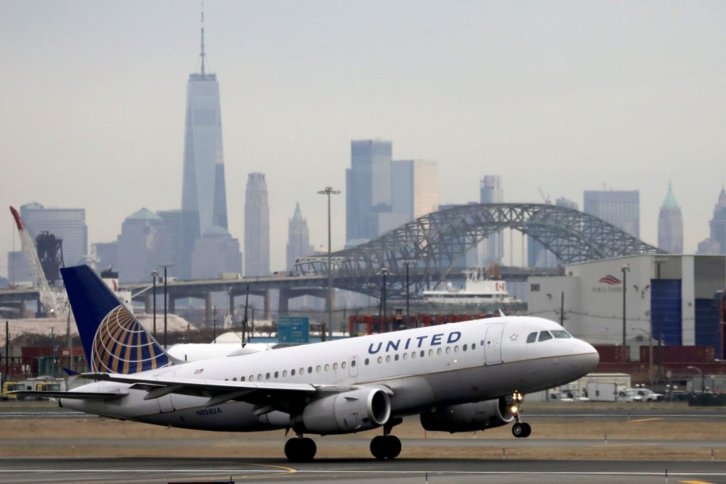 United cutting flights in April amid coronavirus outbreak