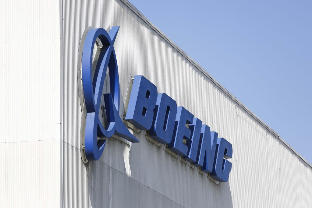 Boeing rules out federal coronavirus aid after monster $25 billion debt sale
