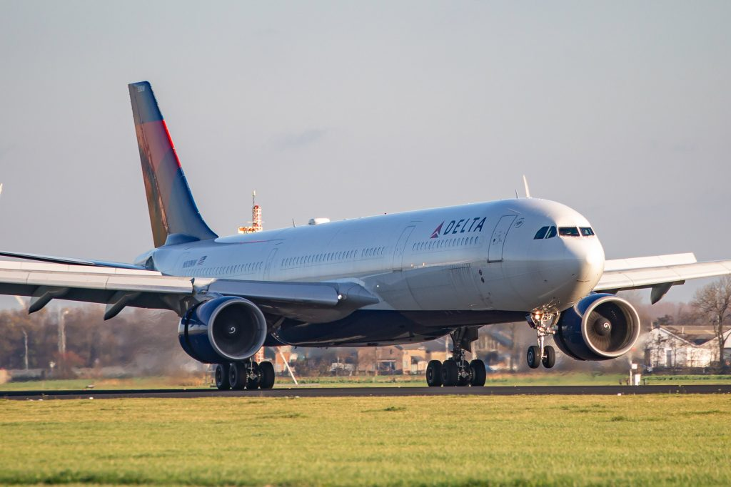 Airlines scrap international ticket change fees as demand crumbles in pandemic